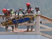 800px-Search_and_Extraction_Team_trains_for_disaster_110530-A-SJ271-814[1]