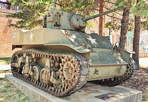 tank-dekalb