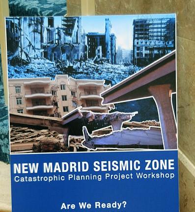 398px-FEMA_-_41019_-_Poster_on_Display_at_RIV_NMSZ_Workshop[1]