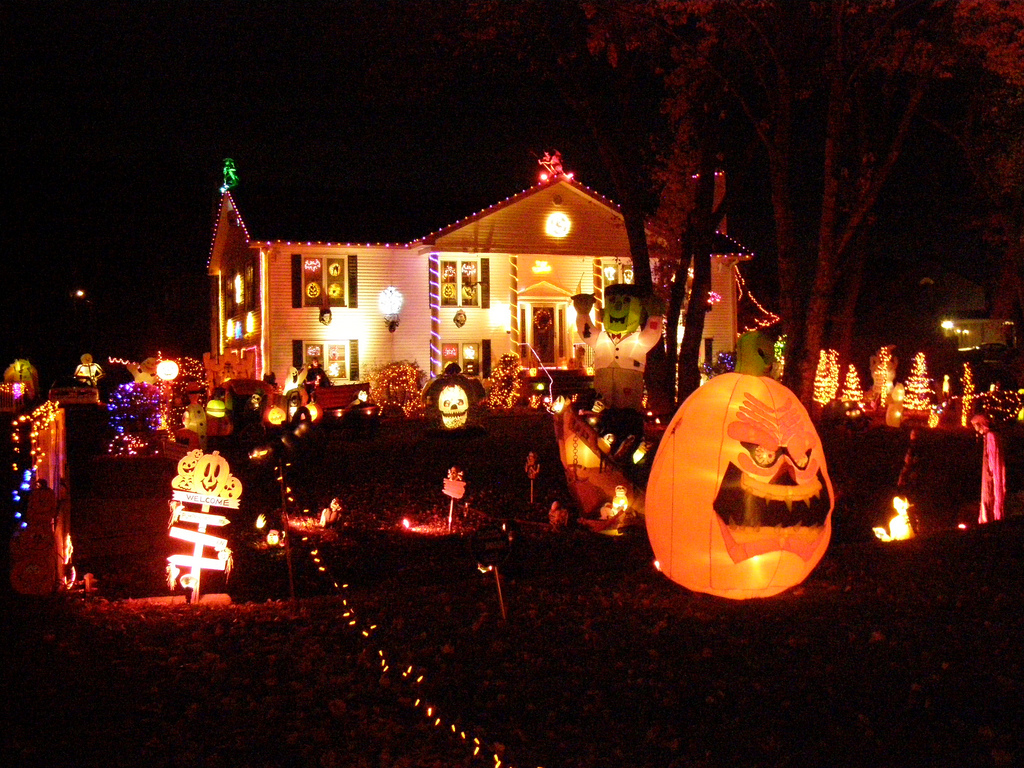 Halloween Decorated Home Contest