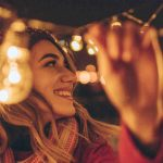 7 Safety Tips For Hanging Holiday Lights