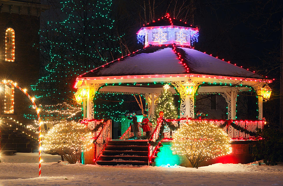 Illinois Cities with 'Hallmark Holiday Movie' Vibes Worth the Drive